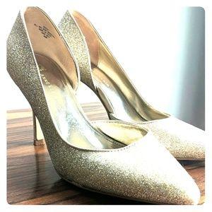 Anne Klein Gold d'Orsay heels